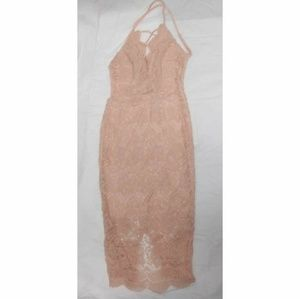 Fashion Nova Scalloped Lace Dress